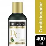 Condicionador Tresemmé Detox Capilar para Limpeza e Nutrição